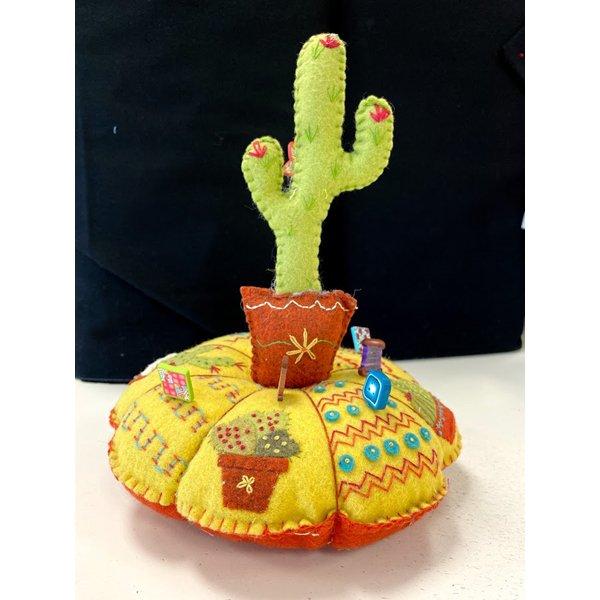 l'atelier d'isabelle wool kit: Pique Epingle Cactus