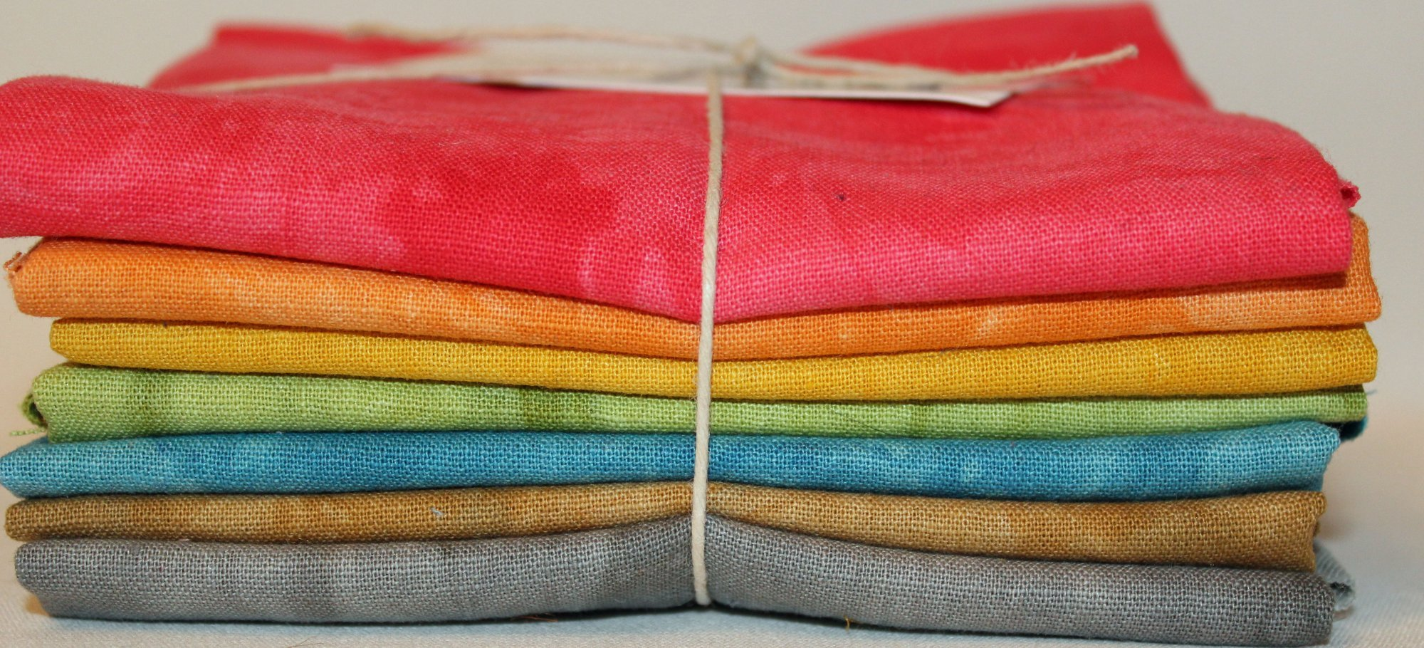 CRAYONS 7 Fat Quarters Bundle Osnaburg