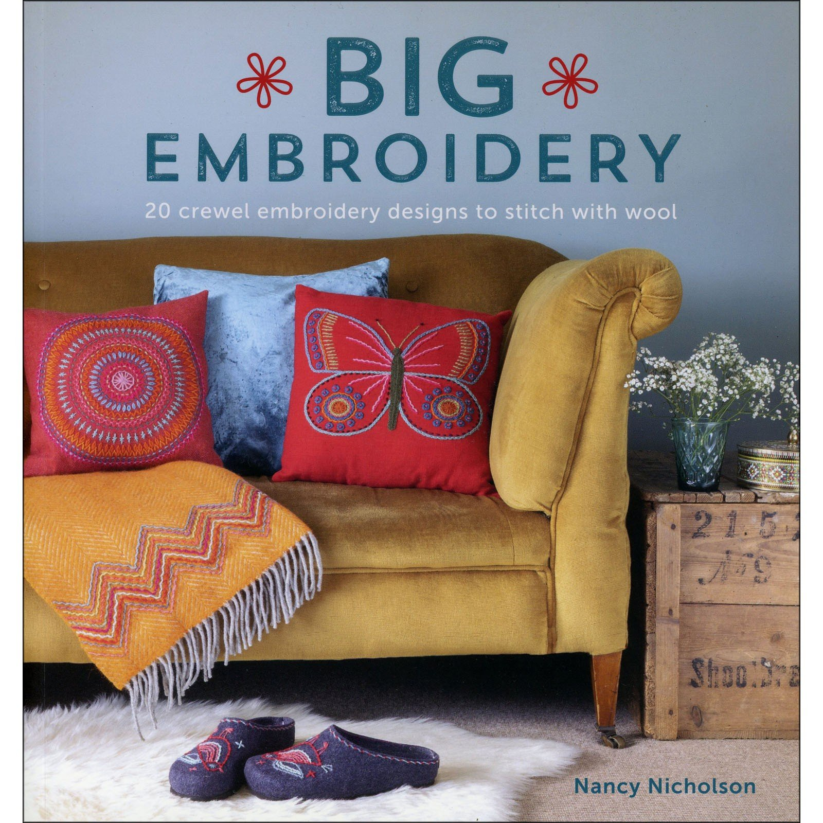 Book. Big Embroidery 20 Crewel Designs Nancy Nicholson