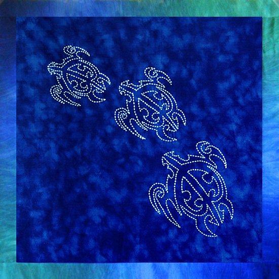 Sashiko Pre-Printed 3 Turtles Panel by Sylvia Pippen