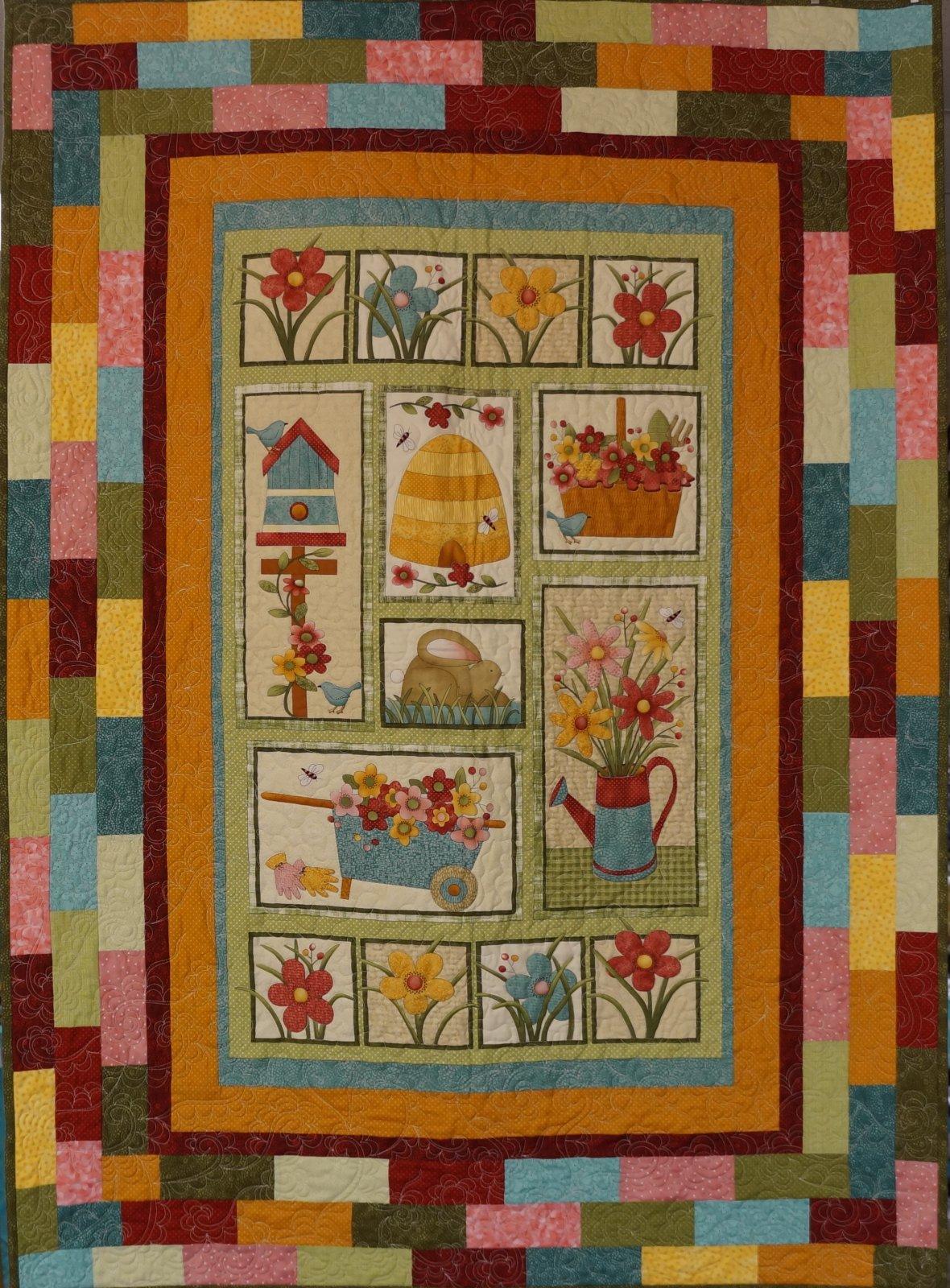 Garden Days Panel Quilt - 7753924493