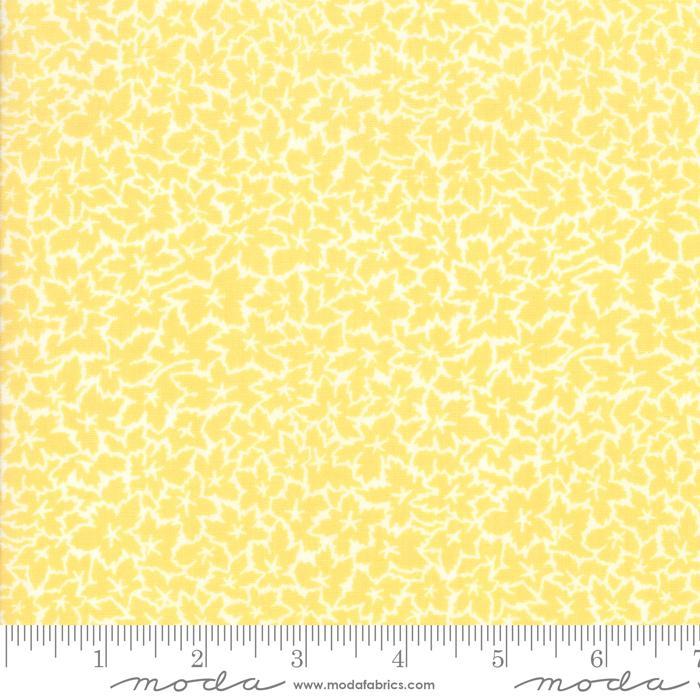 Moda Fine and Sunny Leaves - Mango Cream