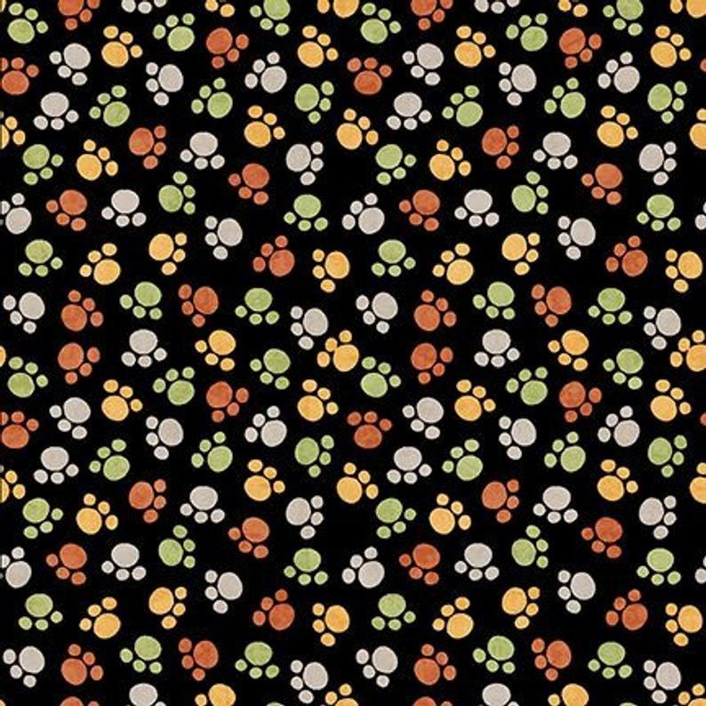 QT Jungle Buddies Animal Prints Cream Paw Print Fabric 26416-S BTY