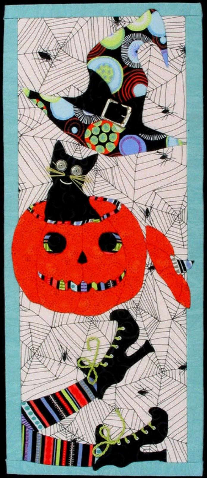 Halloween Everything - No Sew Quilt Wall Hanging 10 x 24