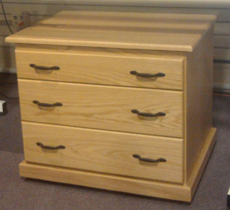 O330 Long Arm Under Chest Drawers - Light Oak