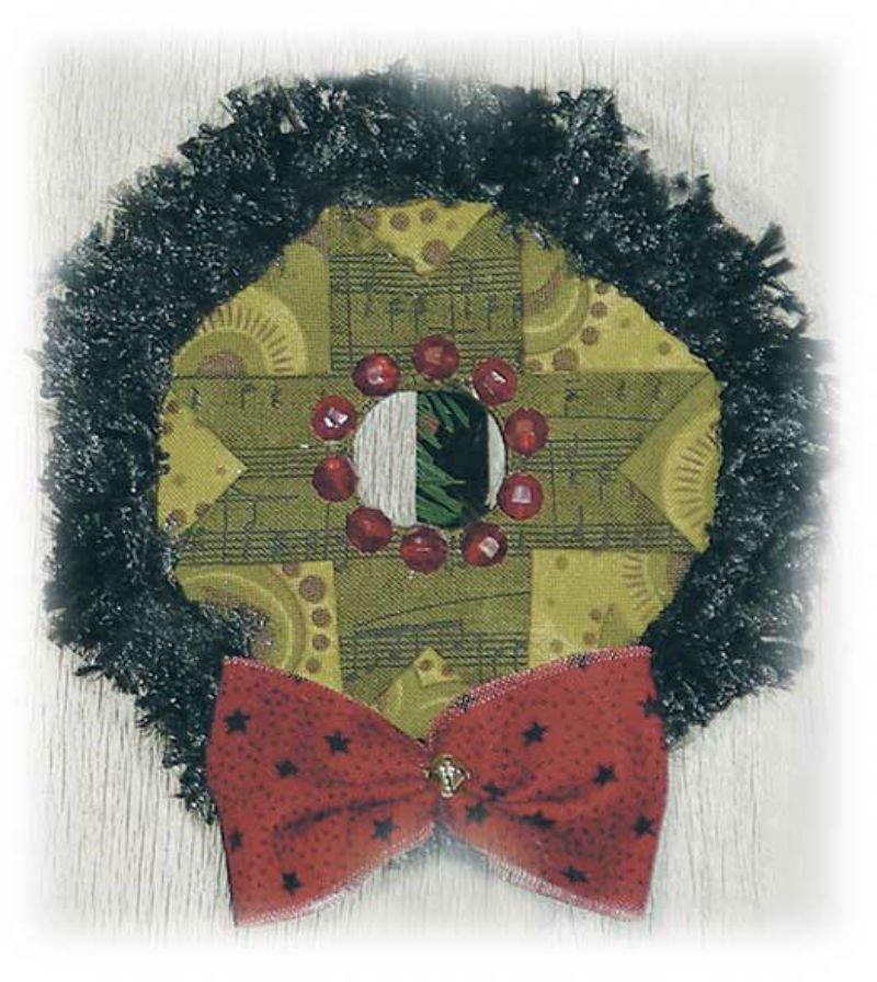 SALE KIT Peppermint Cheesecake Ornament - Wreath