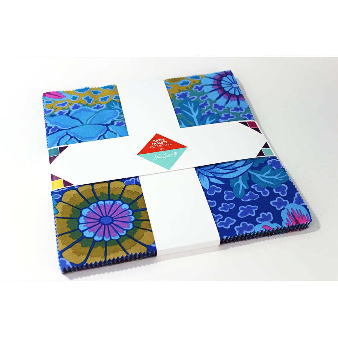 Kaffe Fassett Collective Classic 10 Charm Pack - Peacock