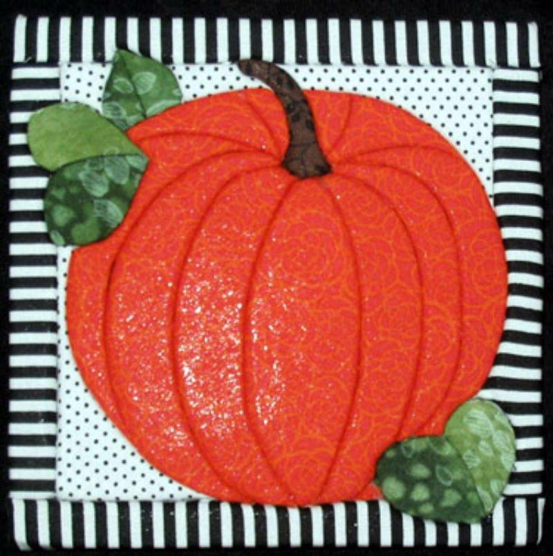 Pumpkin - No Sew Quilt Wall Hanging 6 x 6