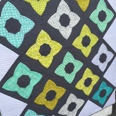 FREE Digital Download - Chic Stars Quilt Pattern - Sew Kind of Wonderful