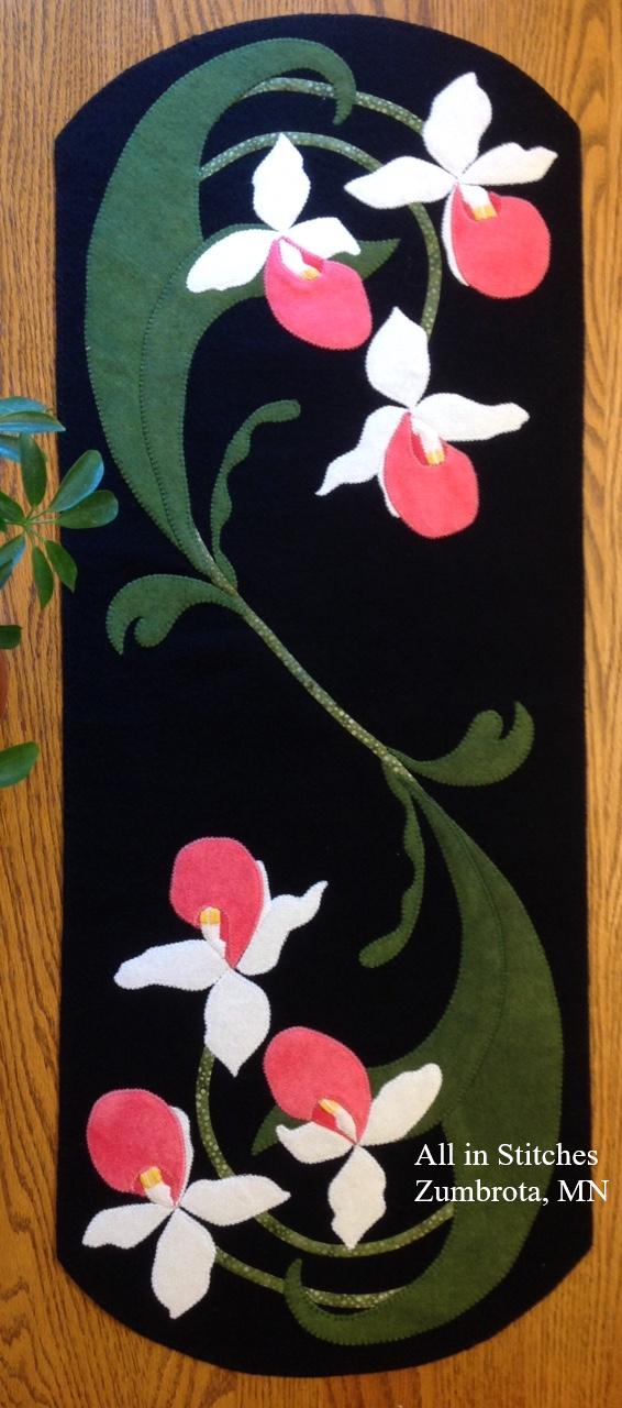 Lady's Slipper Table Runner Kit