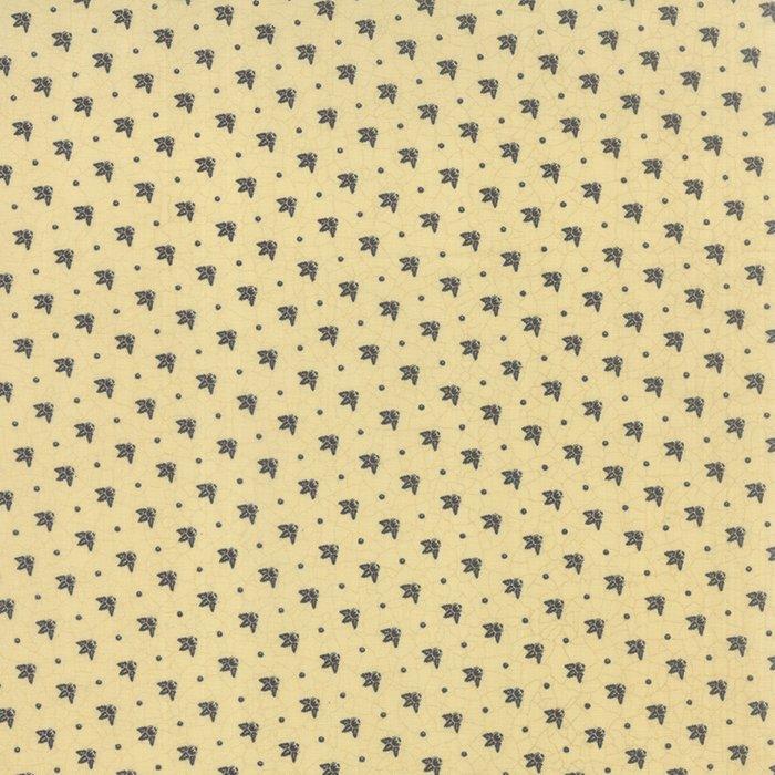 6079 15 Sturbridge Cream Nose Gay Toss