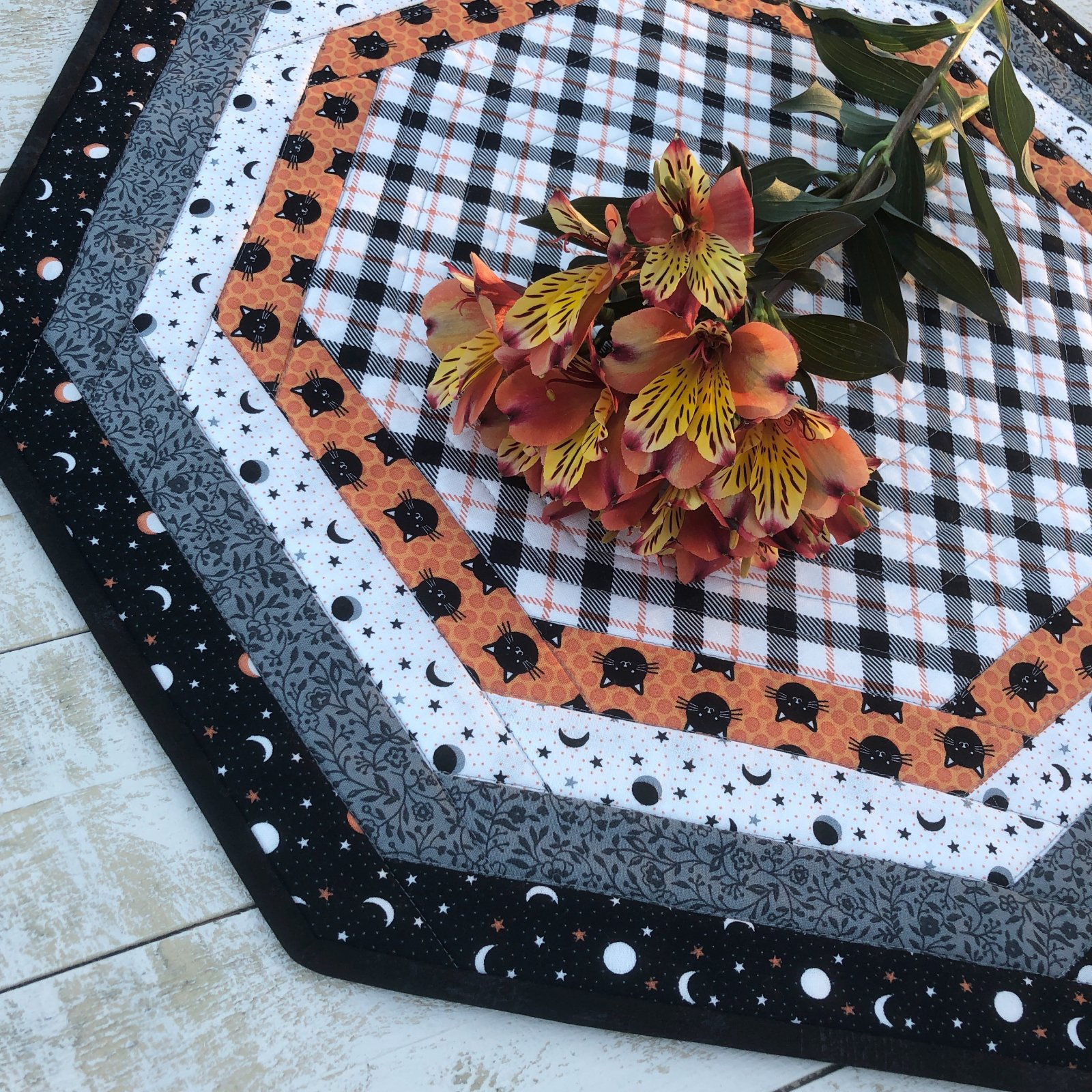 Centerpiece Tablemat kit for Halloween
