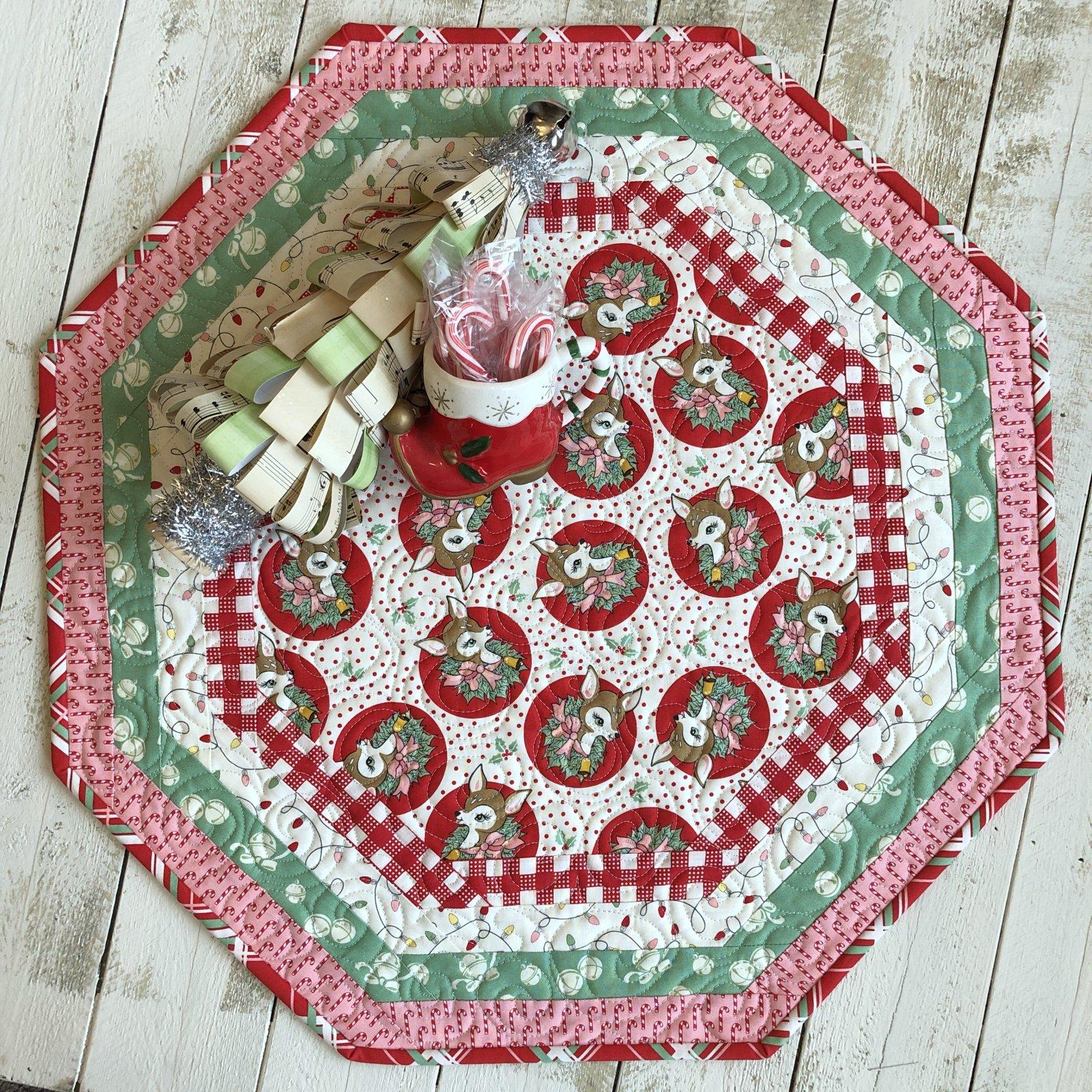 Centerpiece Tablemat - Deer Christmas (R)