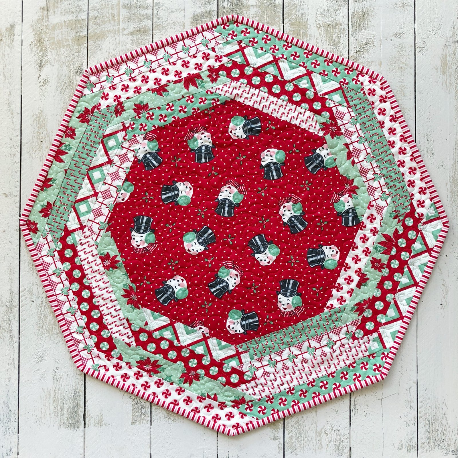Centerpiece Tablemat kit - Sweet Christmas in Red