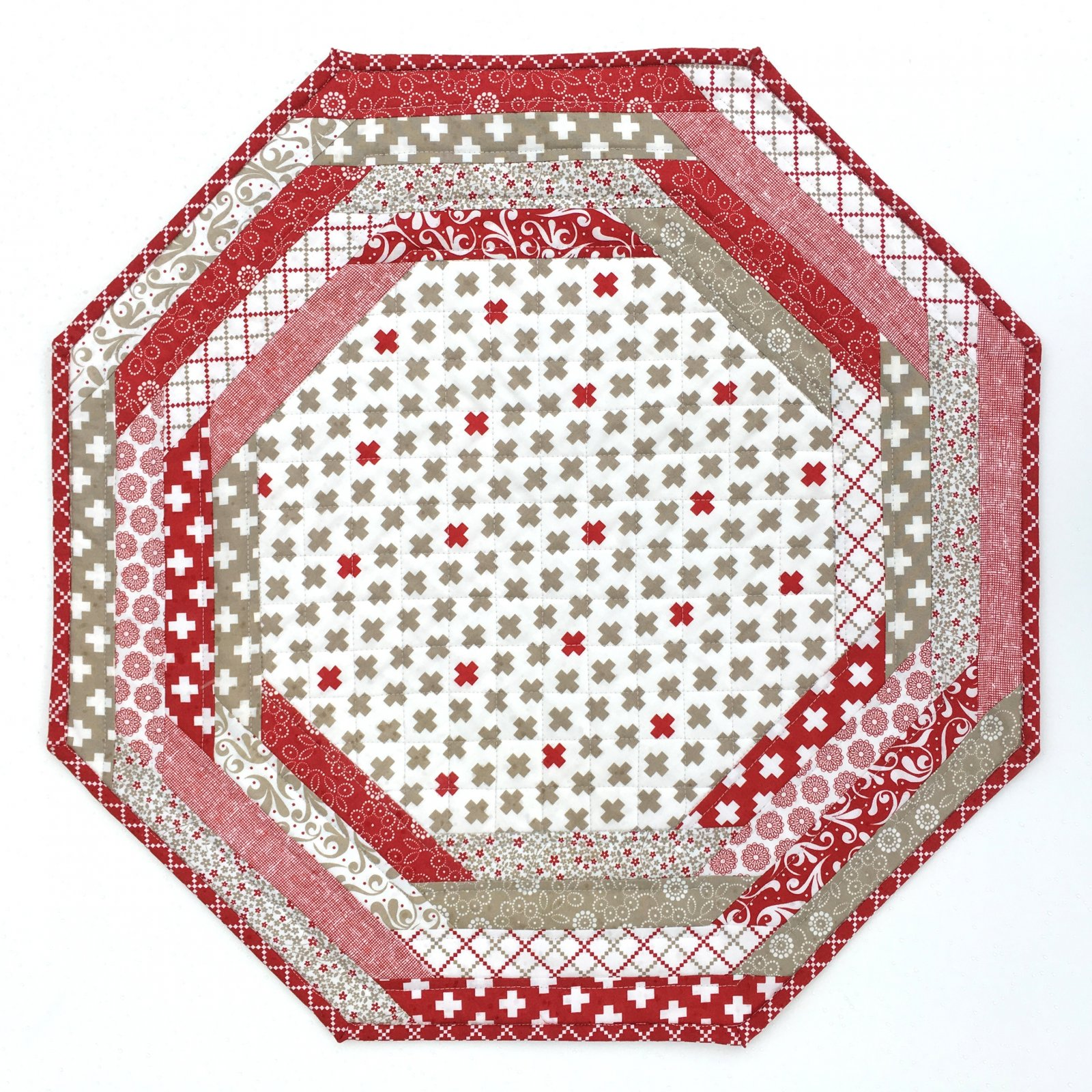 Centerpiece Tablemat - project red