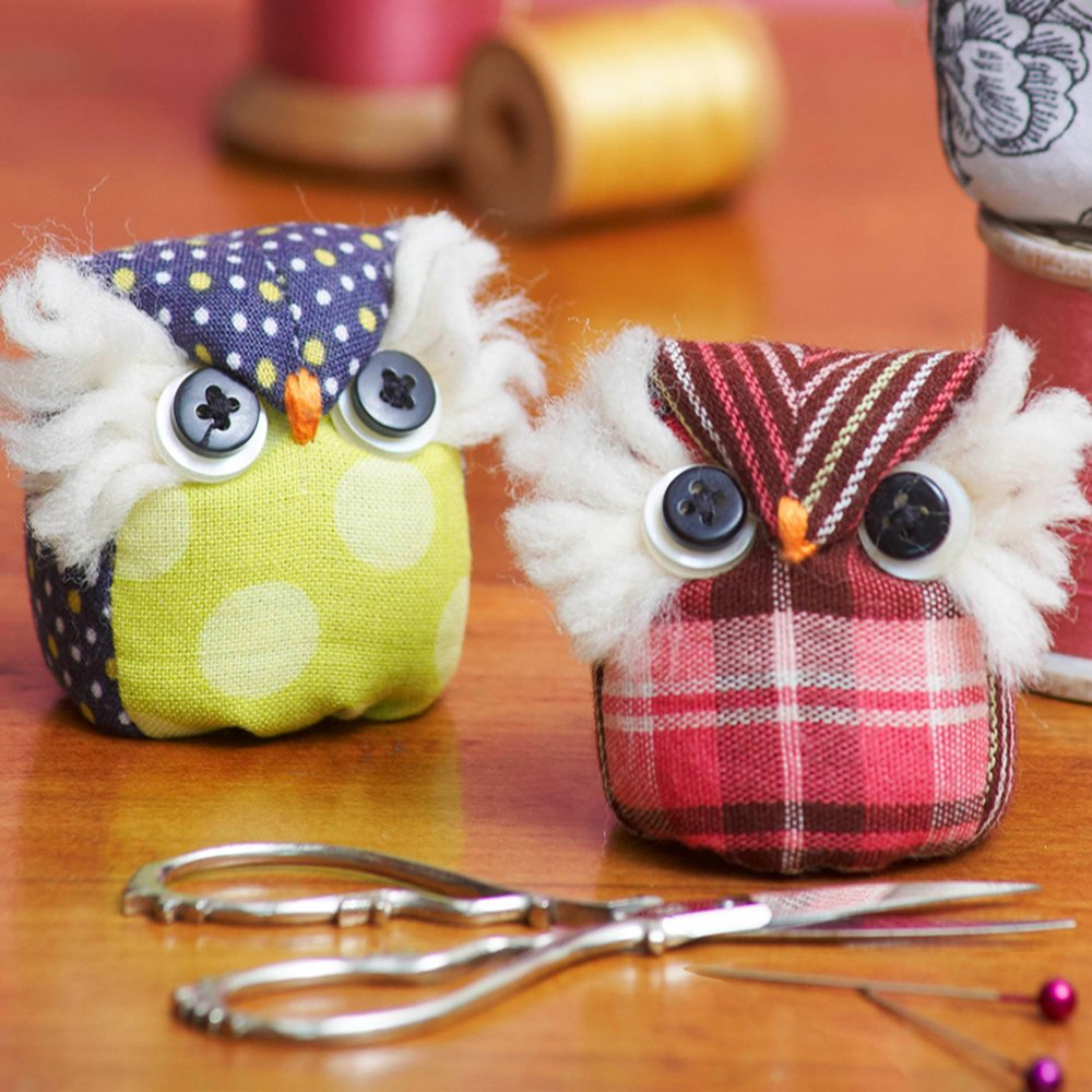 Sewn Into the Fabric - It's a Hoot Pincushions