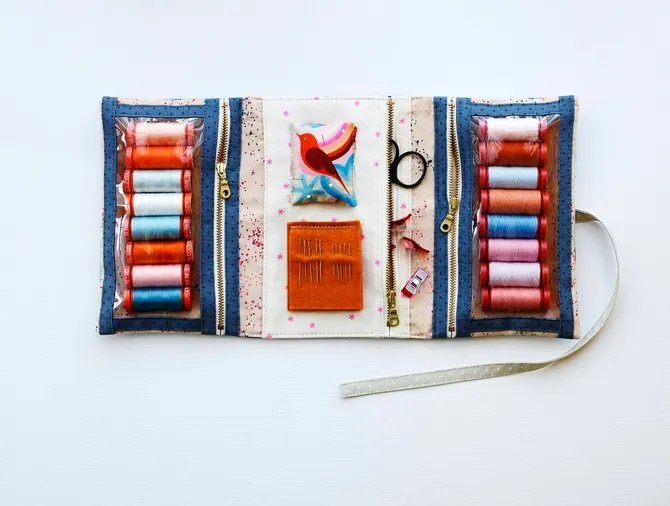 Aneela Hoey - Make and Go Pouch