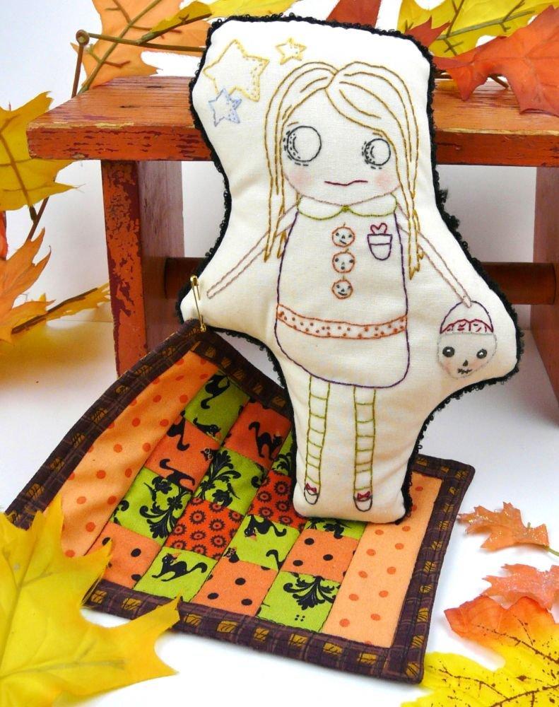 Hudson's Holidays - Halloween Zombie Doll & Mini Quilt