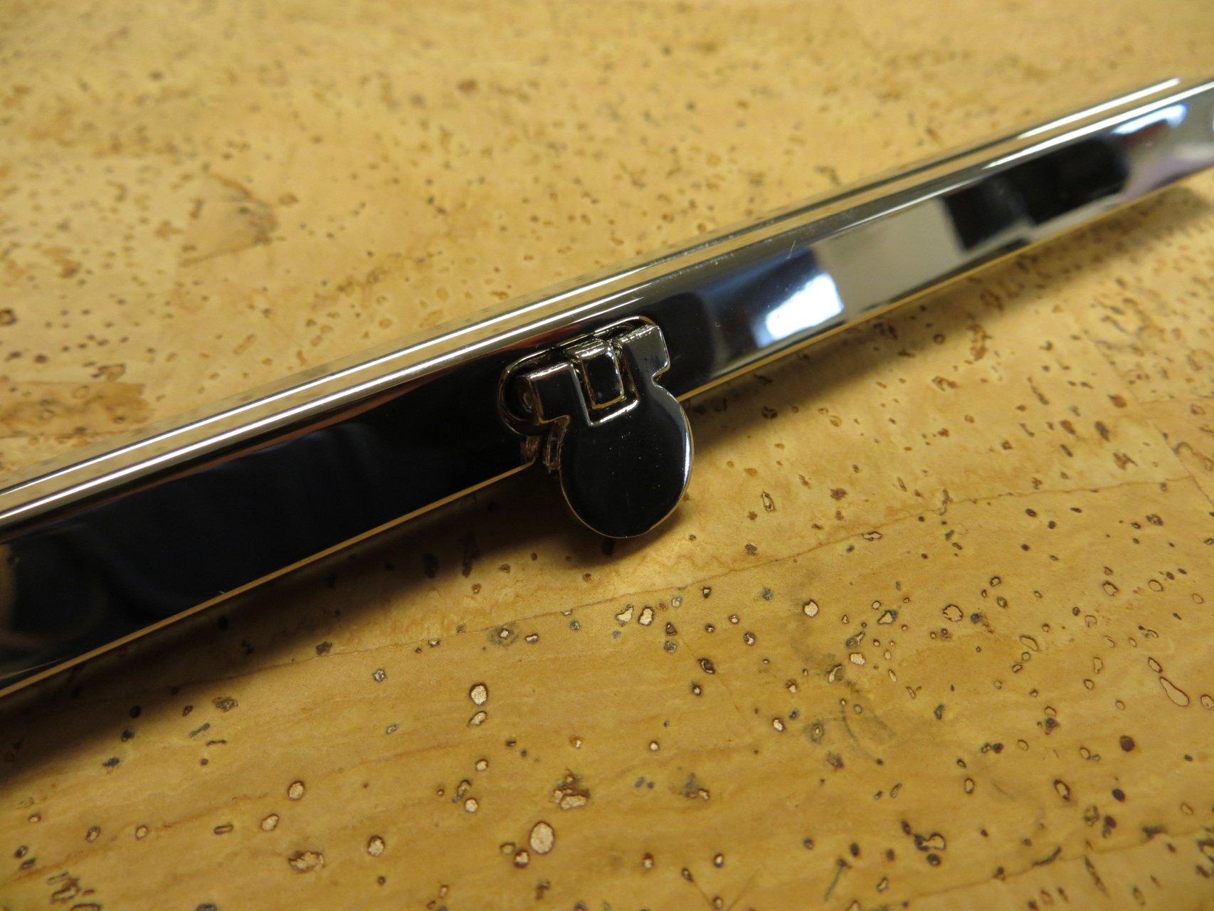 Diva Wallet 8 Frame - Silver