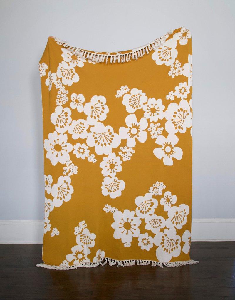 Throw Blanket - Hana