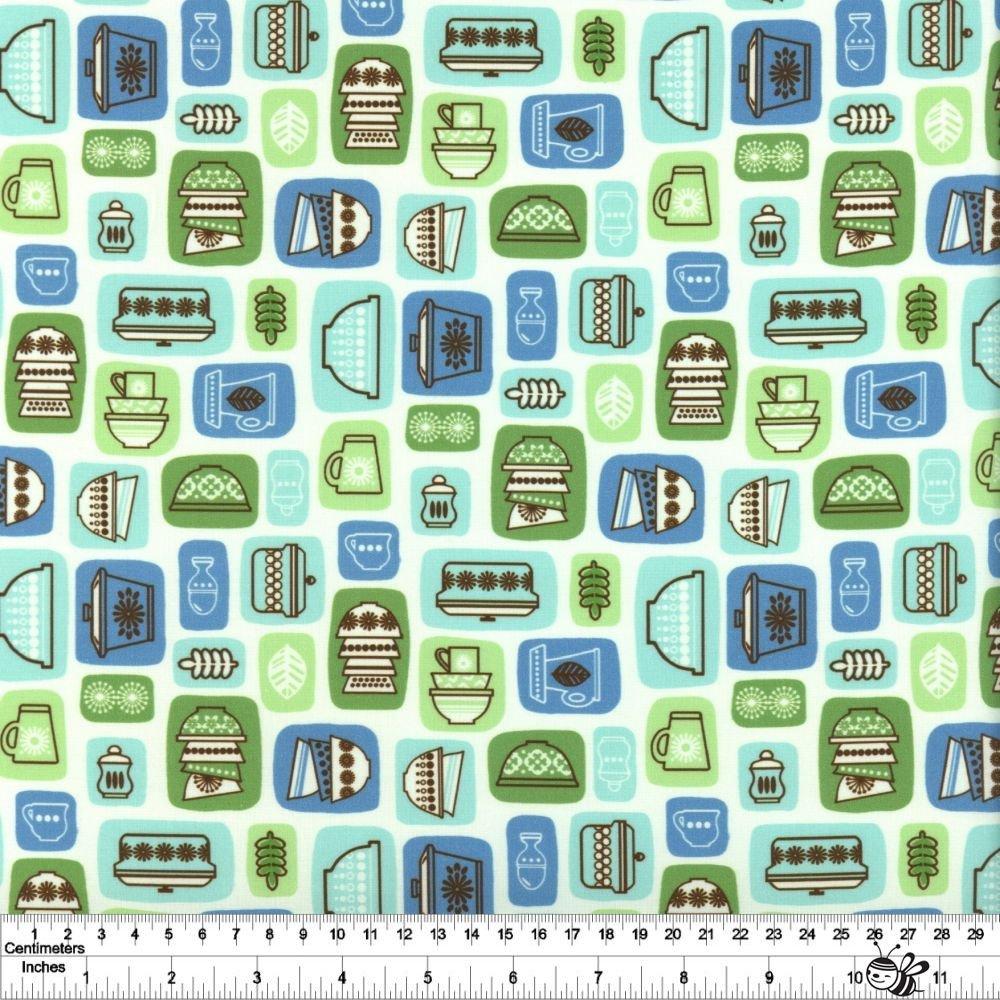 Retro Kitchen - Flea Market Finds - Blue