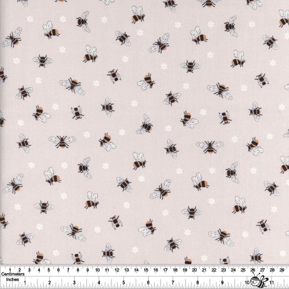 Queen Bee - Bees - Dark Cream
