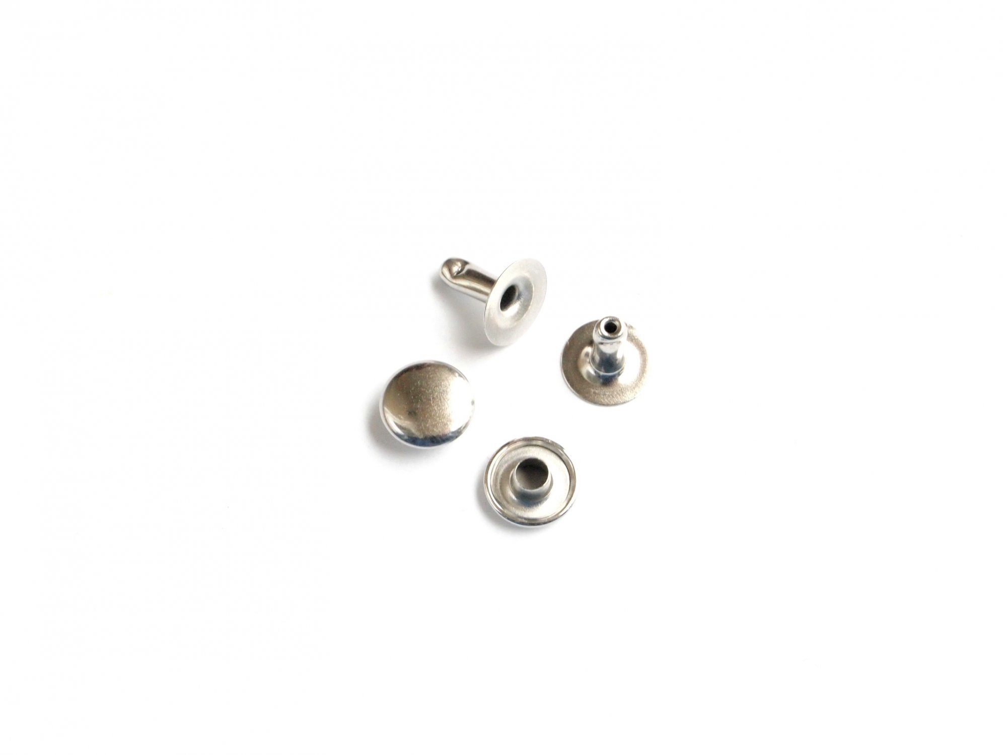 Rivets - 12 Medium 8mm - Silver