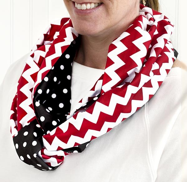 Little Dress Boutique Christmas - Infinity Scarf