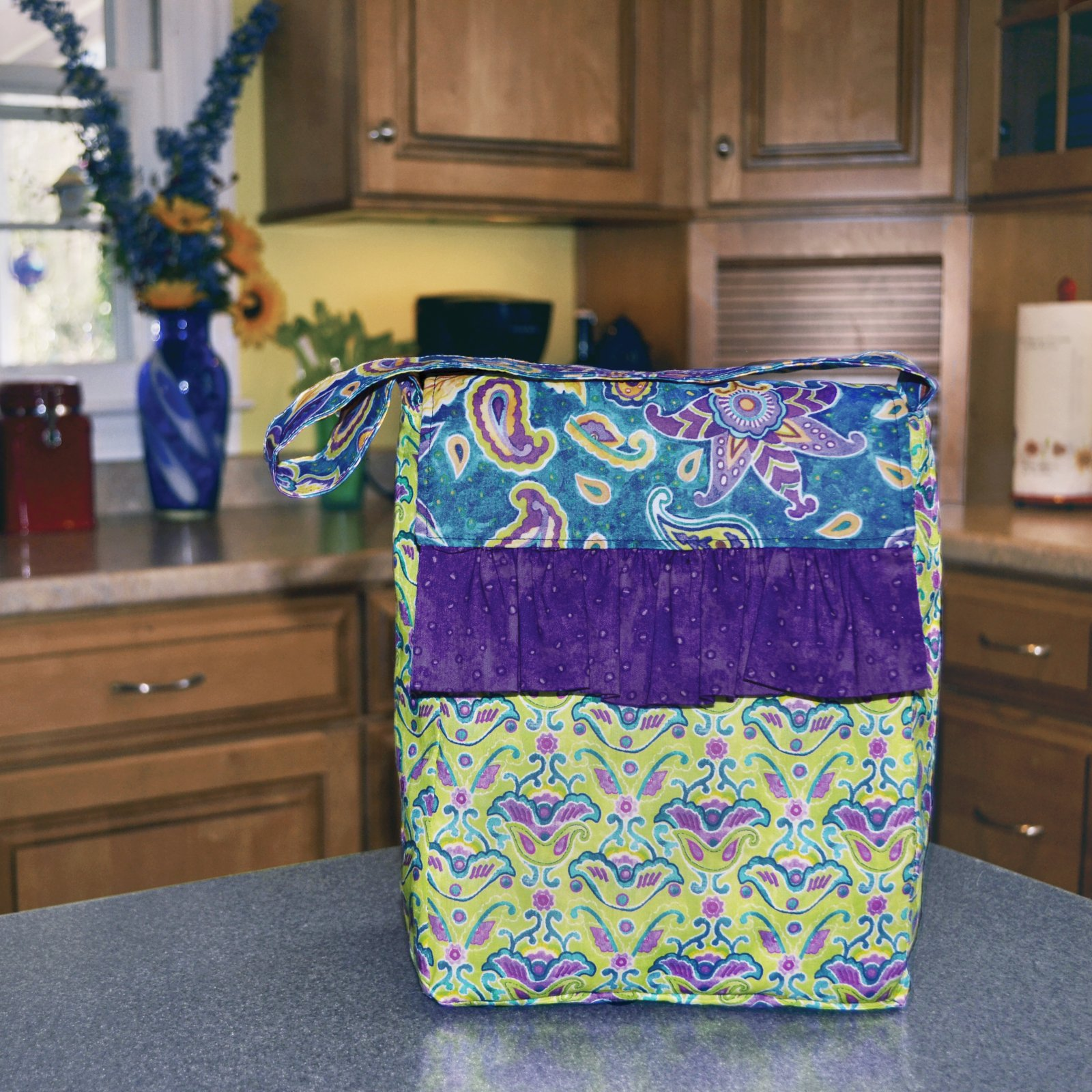 Reversible Laminate Lunch Carrier