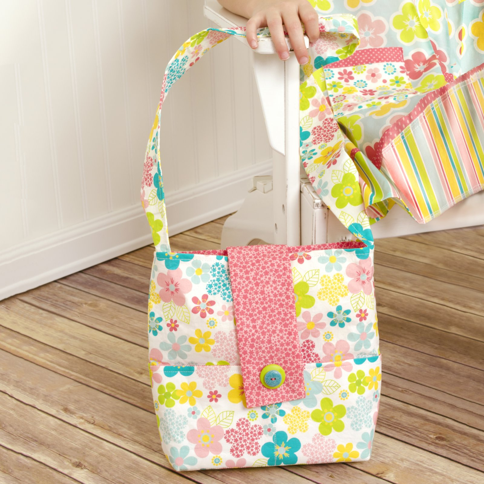Little Dress Boutique - Abbey Messenger Bag