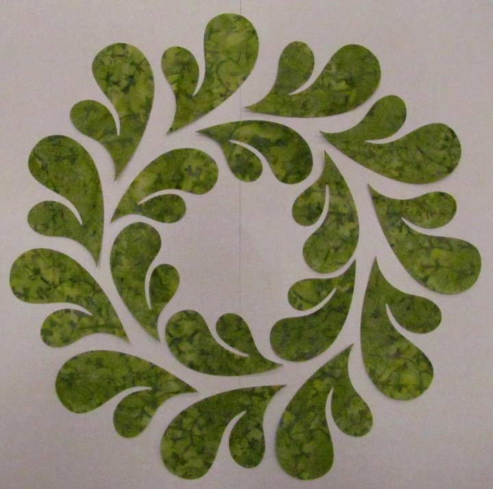 Pre-Cuts: 10.5 inch Feathered Wreath Block with Green 2 Feathers