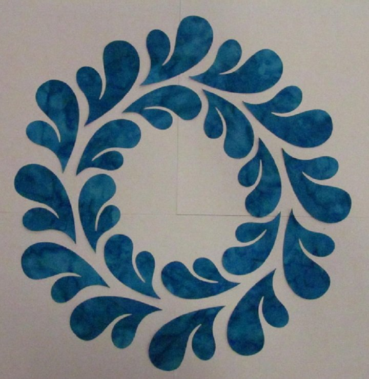 Pre-Cuts: 11.5 inch Feathered Wreath Block with Turquoise Feathers