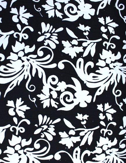 7402 Batik Foliage white on black