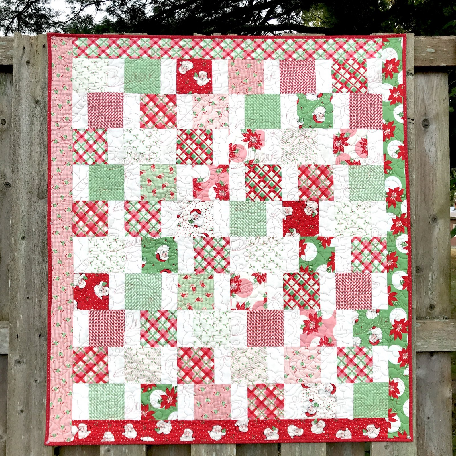 Charming Santa Quilt Pattern Download - RRQ Original