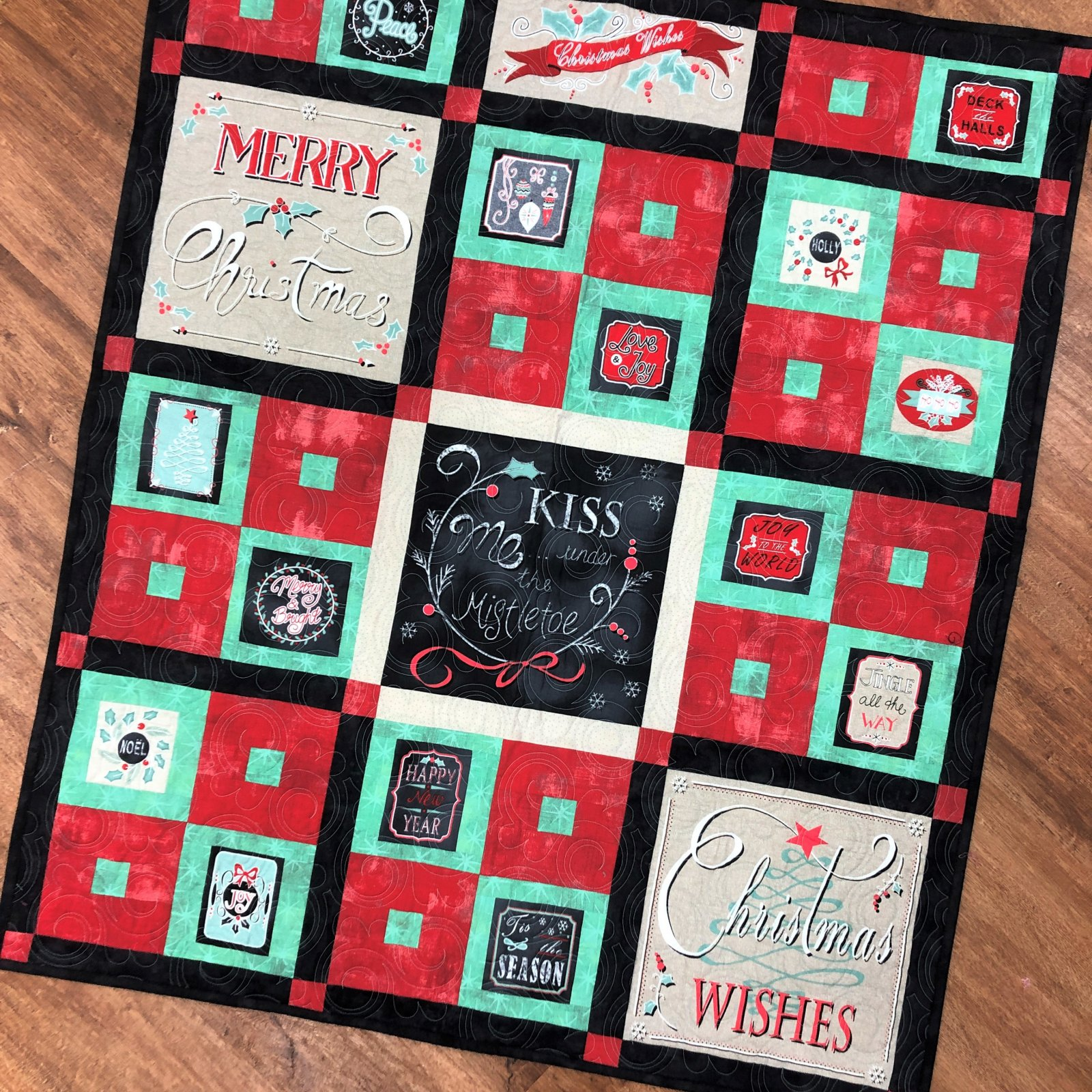 Sample - Christmas Wishes Finished Quilt