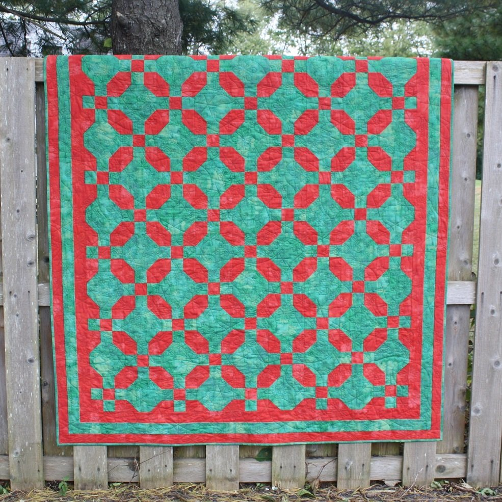 Poinsettia Place Quilt Pattern Download - RRQ Original