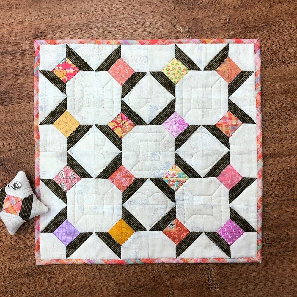 Spools Mini Quilt Pattern - RRQ Original