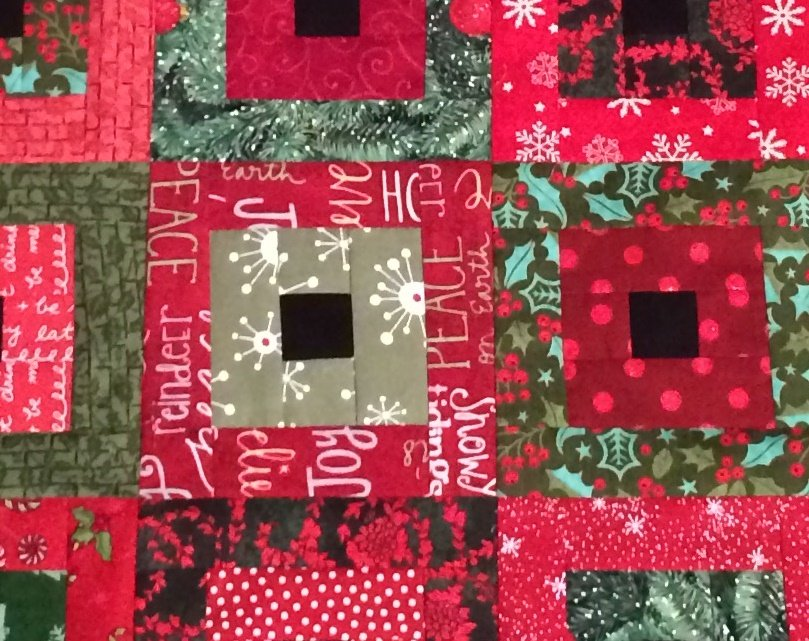 Square in a Square Christmas table runner FREE pattern download