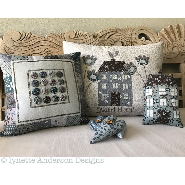 Y348 - Sweet Home Pillows