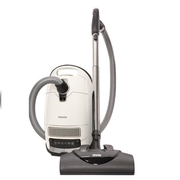 Miele Complete C3 Cat & Dog PowerLine - SGEE0