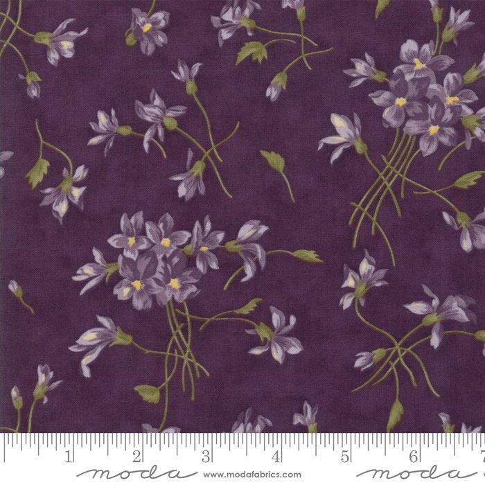 Moda | Sweet Violet by Jan Patek 2220-12 Violet Spray in Violet