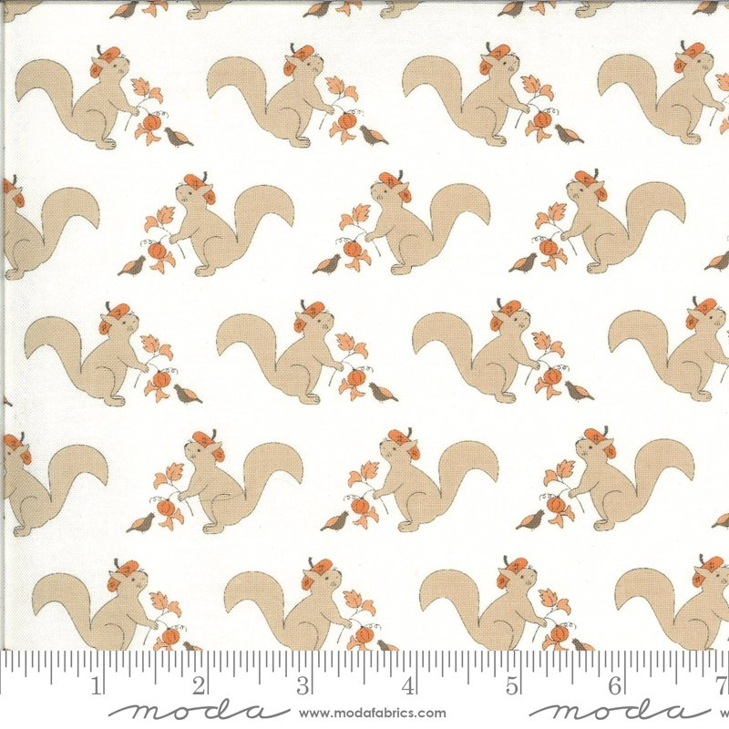 Moda Squirrelly Girl 2970 14 Ivory - Squirrel Acorn Hat