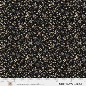 P&B King Quilt Wide Back - 4704 26592 BLA1 PETITE FLORAL