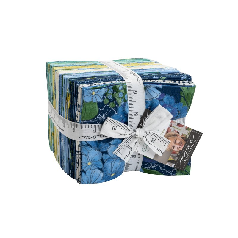 Moda | Cottage Bleu 48690AB Fat Quarter Pack 38 pcs - by Robin Pickens
