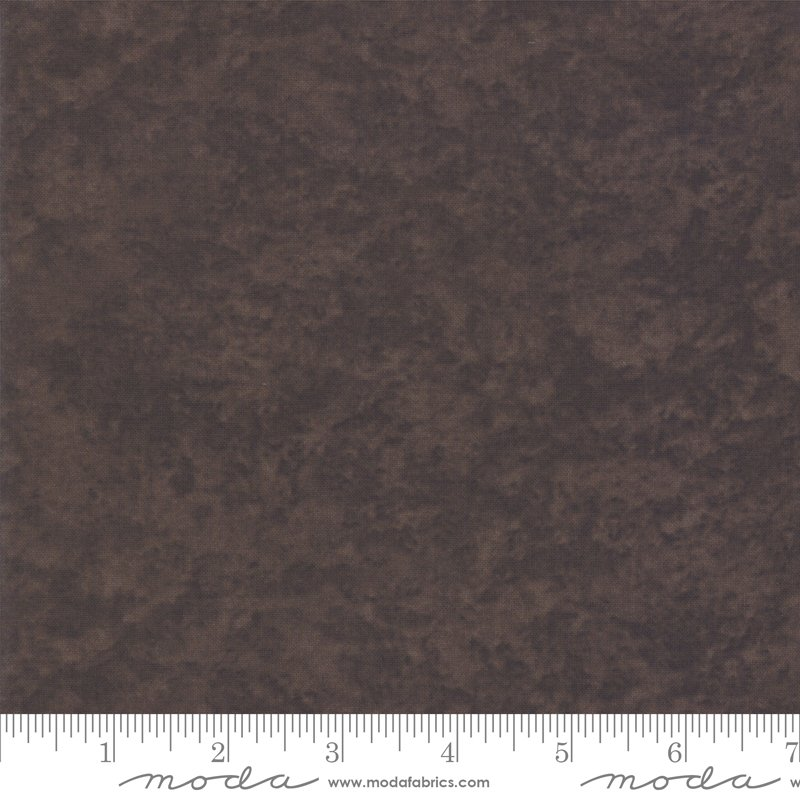 Moda Winter White: 6538 213 Saddle Brown Marble Tonal by Holly Taylor