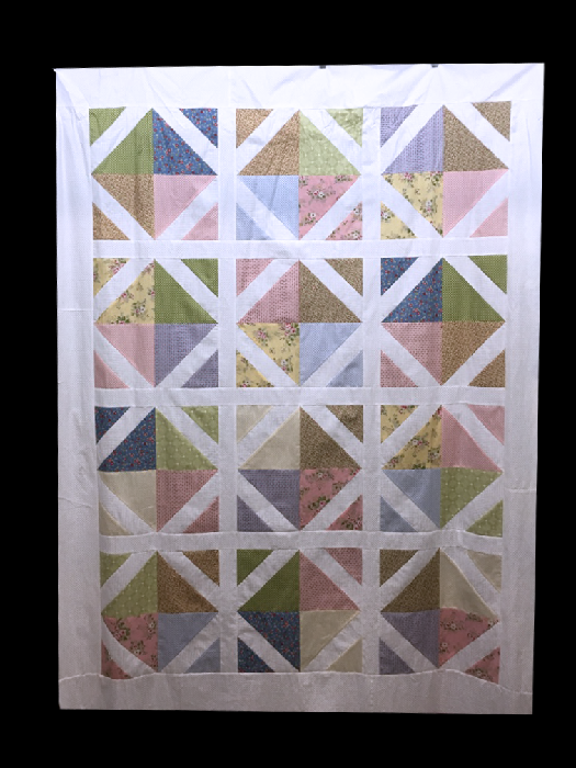 For Sale:  Quilt Top - Garden Trellis design featuring Windermere by Moda - includes Bonus Binding Pack