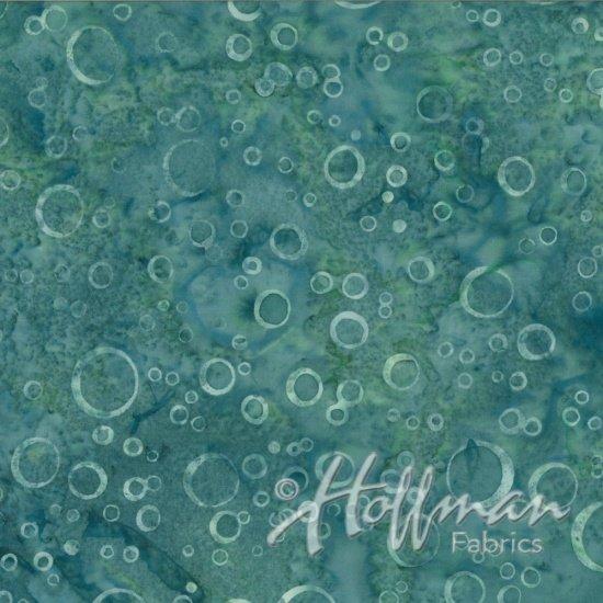 Hoffman Batik Q2165-538 Nirvana Sea Bubbles
