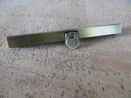Diva Wallet Frame 4 1/2 - Antique Brass