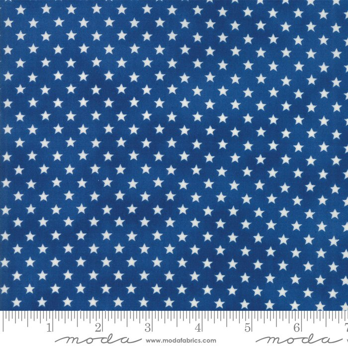 Moda - Land That I Love by Deb Strain 19885 16 Patriotic Stars In A Row Light Blue
