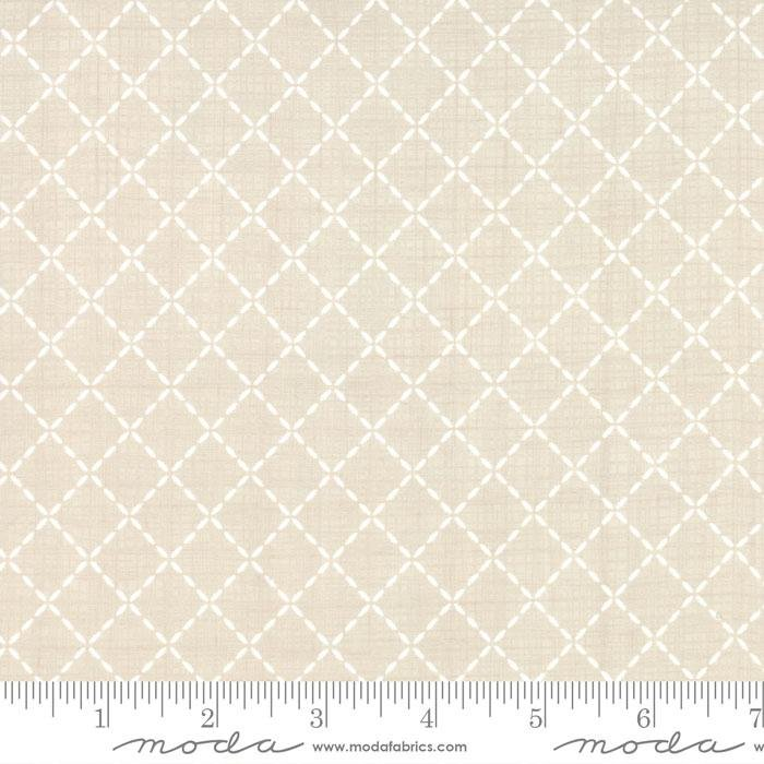 Q - Moda - Lullaby - Tan with White Quilted